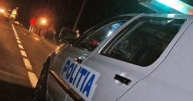 Șofer beat și fără permis prins de polițiști în localitatea Săvinești