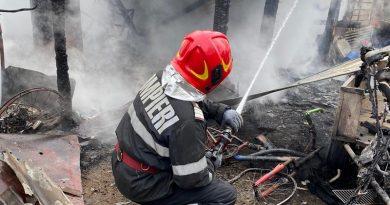 Incendiu la o locuință din localitatea Pipirig