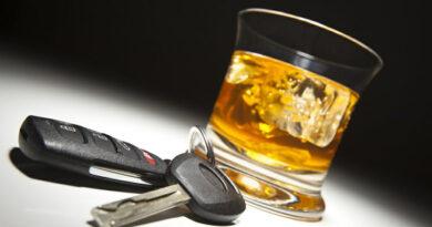 În comă alcoolică la volan pe străzile din Piatra Neamț