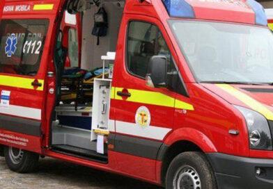 Doi copii au fost răniți grav în timp ce traversau strada printr-un loc nepermis