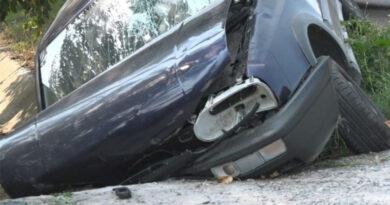 Accident rutier. A intrat cu autoturismul într-un podeț