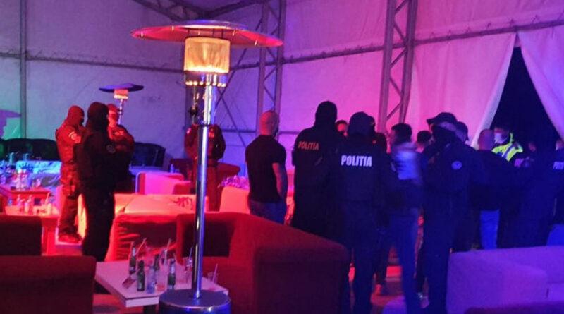 Evenimente private întrerupte de forțele de ordine