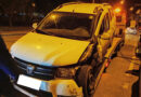 Autoturism grav avariat pe o stradă din Piatra Neamț