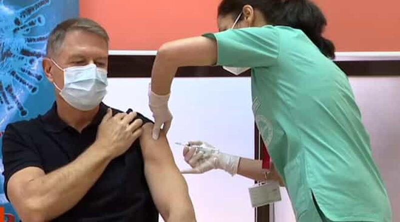 Președintele Klaus Iohannis s-a vaccinat împotriva COVID-19