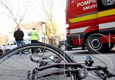 A dat cu mașina peste un biciclist apoi a fugit