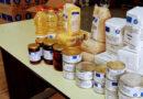 Începe distribuirea de pachete cu alimente pentru persoanele defavorizate