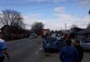 Accident rutier între trei autoturisme. Trei victime transportate la spital