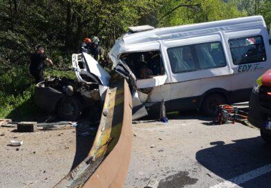 Accident tragic. Două persoane au decedat și alte trei au ajuns în spital