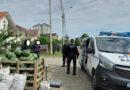 Vânzătorii ambulanți de pepeni, amendați de polițiștii locali