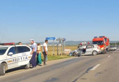 Două șoferițe rănite grav într-un accident în comuna Horia